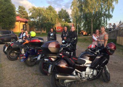 Mattssonin mansikkatilan lettukahvilassa 2019-08-20